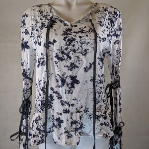 Morrison Grey NWT The Chip Hippie Lace Up Sleeve